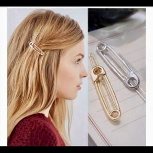 4/$20 Silver Only! Pair of Hair Pins